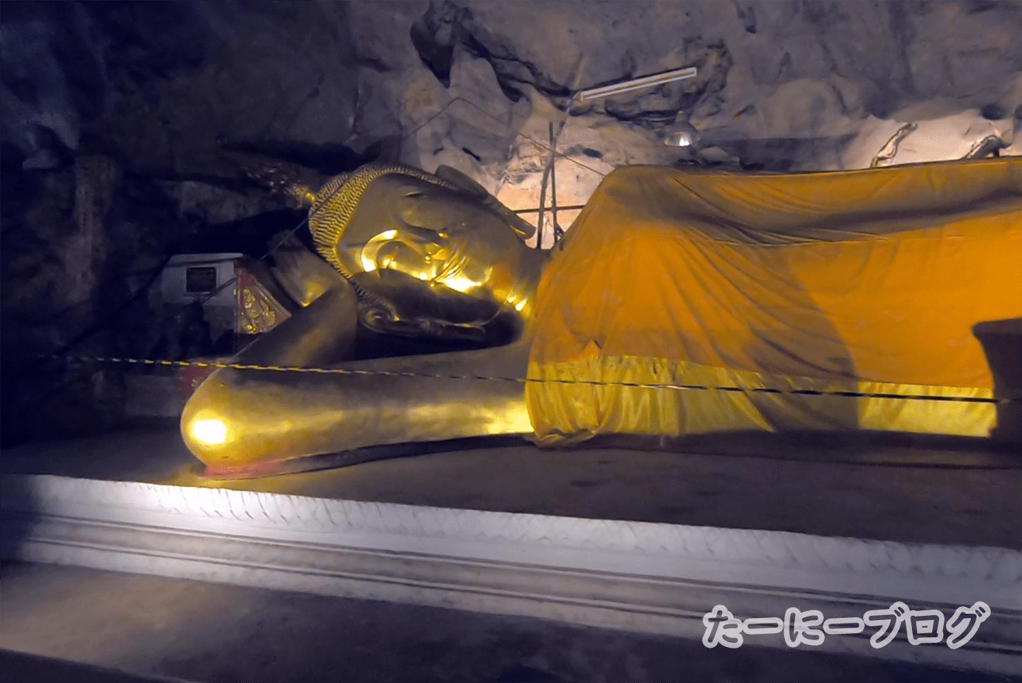 カオルアン涅槃像