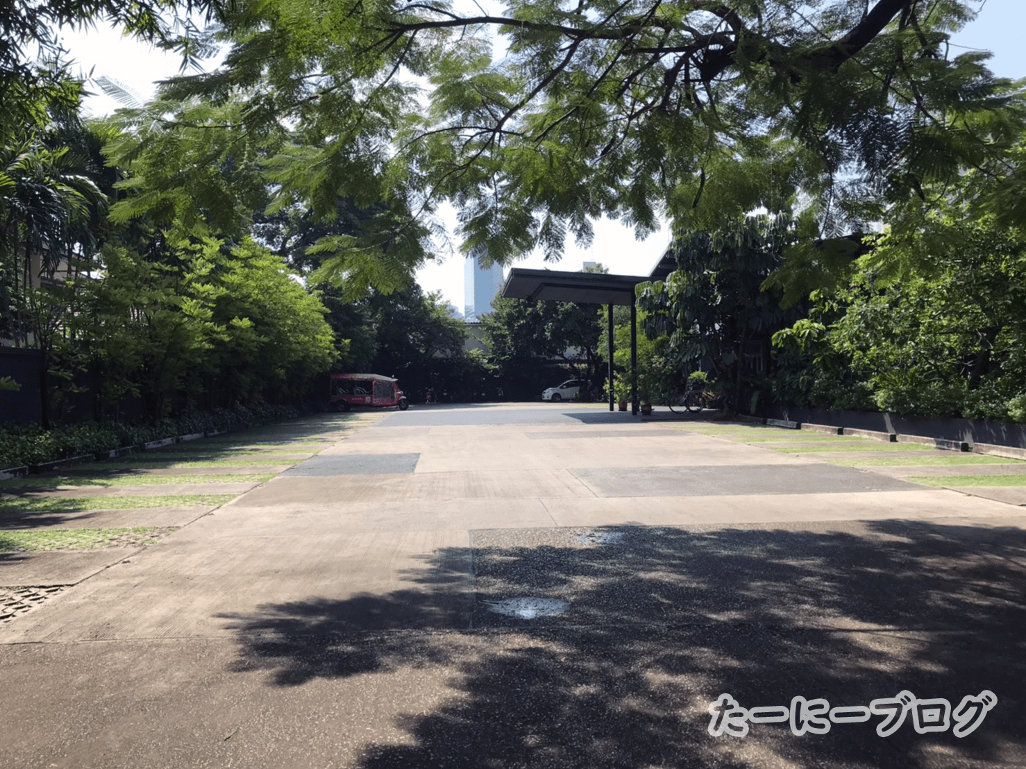 タリンプリン駐車場